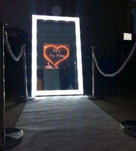 Hollywood Lights Mirror Photo Booth Hire